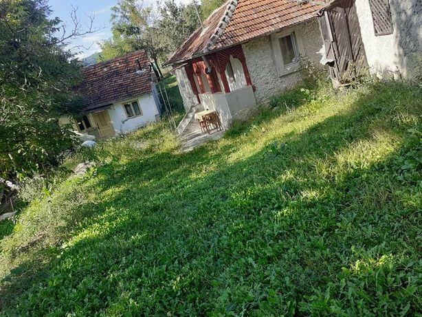 Vând casă sat Trestia județul Buzău.
