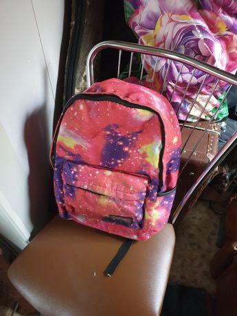 Отдам детский рюкзак.