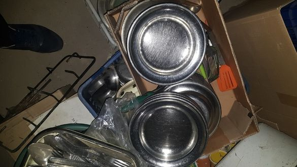 Съдове/,купи,чинии и др./ от неръждаема стомана