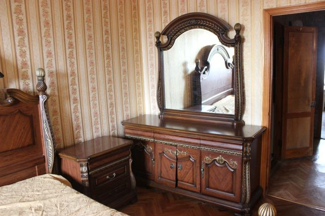 Продам спальню в хорошем состоянии