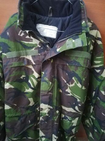 Vând uniformă militară ripstop camuflaj de pădure
