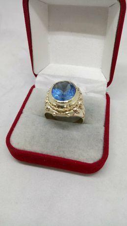 Златен мъжки пръстен нов  син топаз - ръчна изработка.