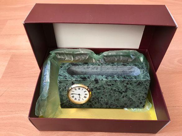 Ново Стилно преспапие, с Японски часовник, Луксозна опаковка