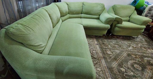 Продам диван угловой , кресло