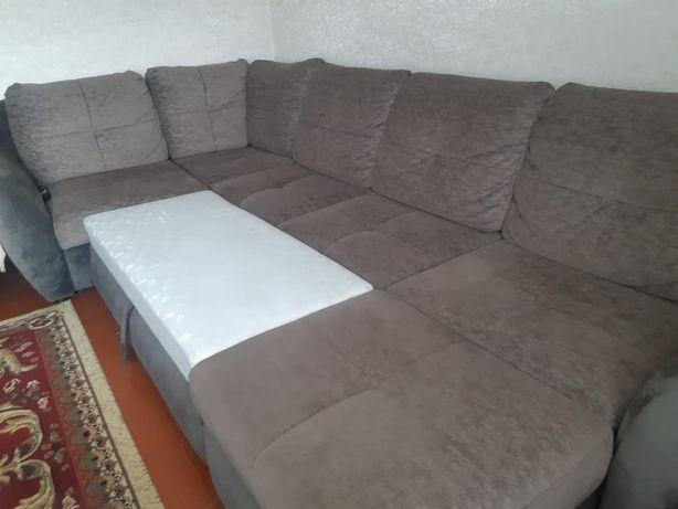 Продам диван хорошем состояние