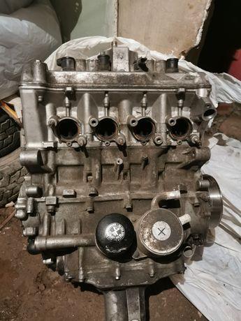 Motor honda cbr 600rr din 2004