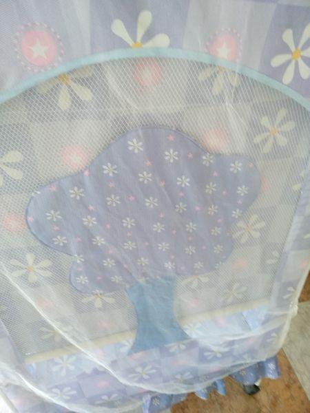 Легло за бебе с. Йоаким Груево - image 1