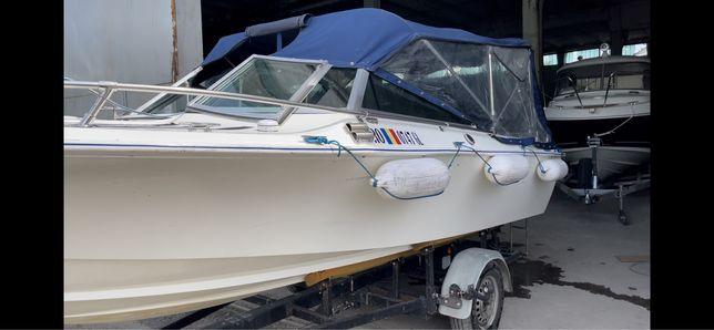 Vand barca Crestliner , motor Verado 175 Cp si peridoc