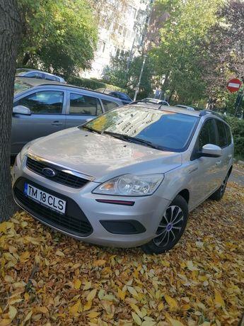Vând Ford focus adus recent