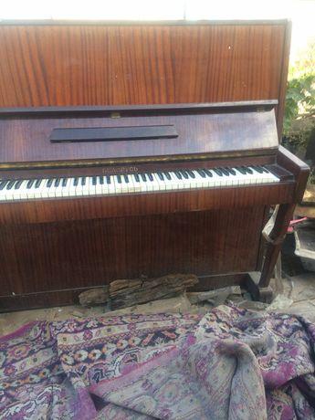 Пианино самовывоз торг. уместен