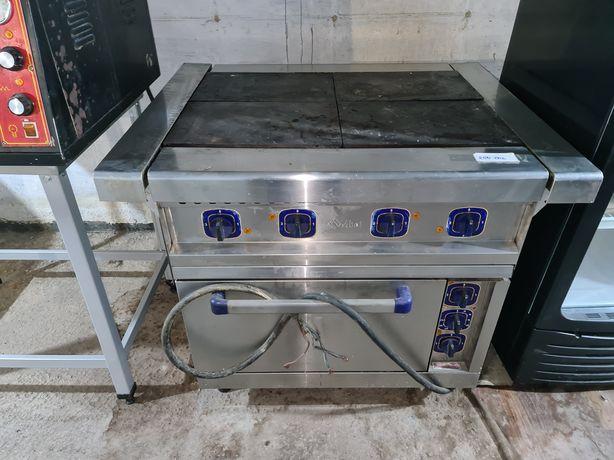 Плиты печи расстоичные шкафы Италия.  Оборудование и мебель для кухни