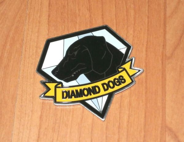 Magnet Diamond Dogs de la Metal Gear Solid V Collector's Edition nou
