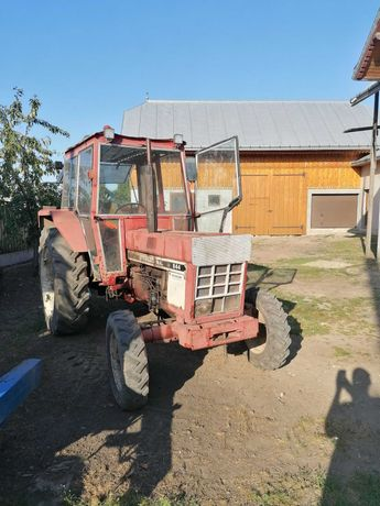 Tractor international 844. Tractor utb 650 cu damfus nou