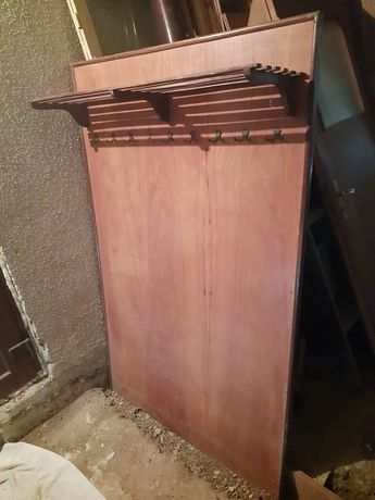 Дървена ретро закачалка