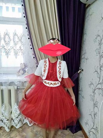 Продам национальное платье на девочку.