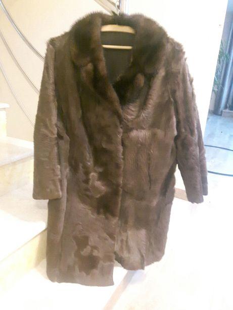 Vând haină blană