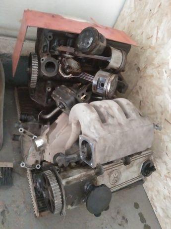 Продам по запчастям двигатель с пассат б3 объем 2л