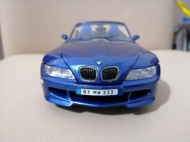 Machetă BMW Z 3 m pachet, nouă în cutie!
