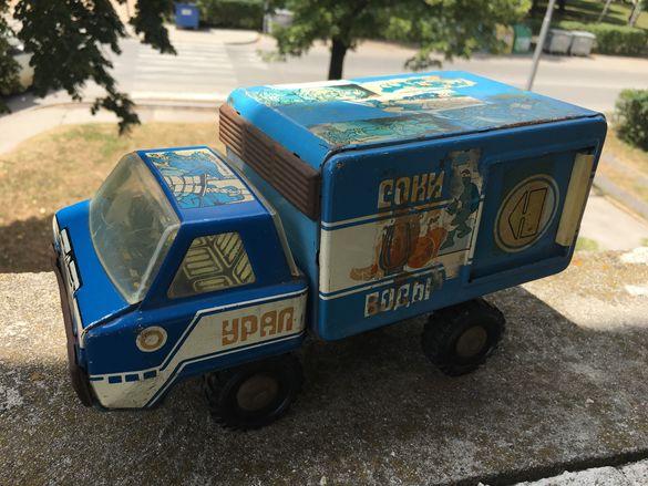 Руски ламаринен камион