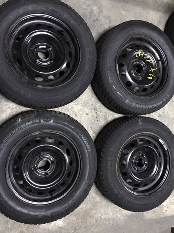 Jante 15 4 X 108 Ford, Peugeot + Anvelope iarna 205/65/15 Michelin