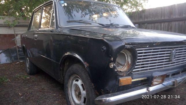 ВАЗ (Lada) 2101 копейка.