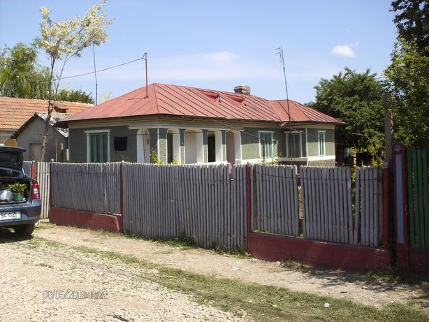 Vand casa cu teren in Smeeni Buzau