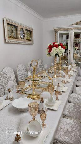 Аренда столов и стульев с посудой