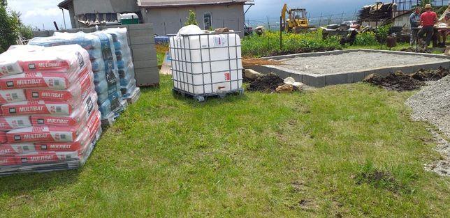 Vand bazin 1000 L 300 roni buc si butoaie de 200 L 100 roni bucù