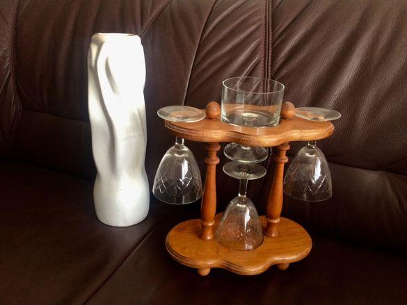 Дървена стойка, поставка за чаши + 4 кристални чаши за барче и ваза
