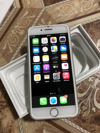 Iphone 7 silver 32 gb безупречное состоянии 10из10