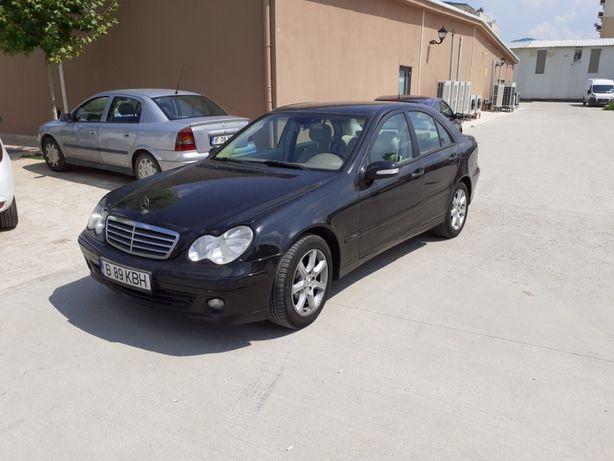 Vând Mercedes c 200