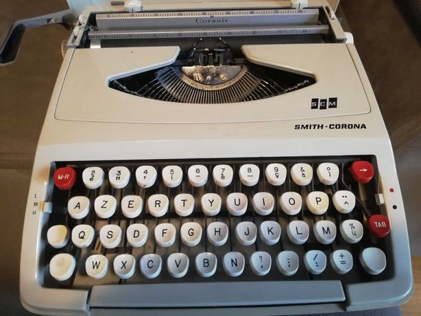 Mașina de scris SCM SMITH CORONA Impecabil