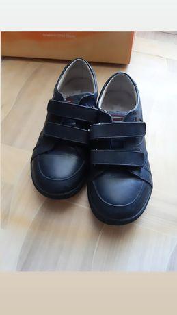 Школьная обувь турецкая  33 размер