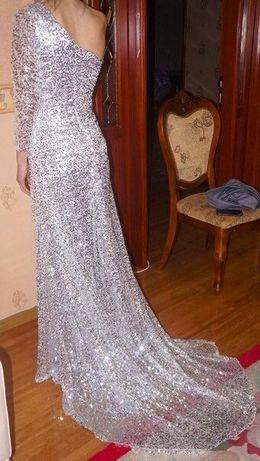 Продам шикарное платье сшито на заказ