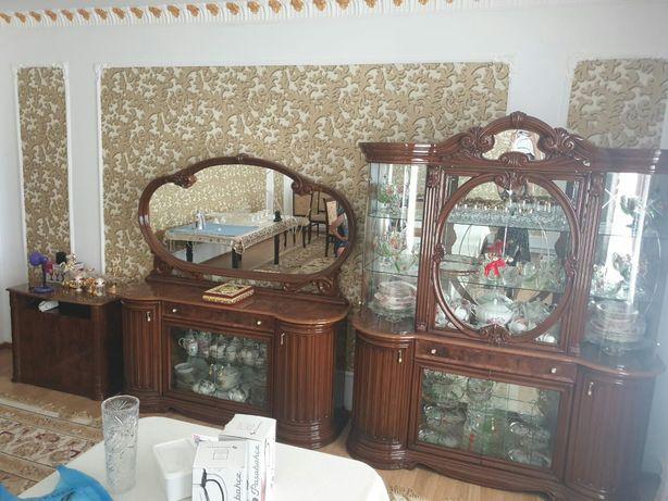 Продается гостинная стенка гарнитор срочно связой с переездом