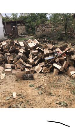 рязане дърва за огрев и косене и къртене