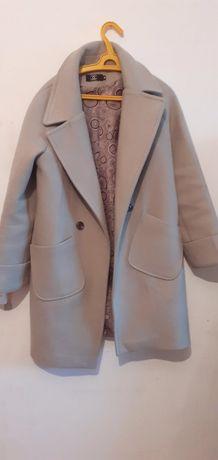 Срочно продам пальто торг отличное состояние