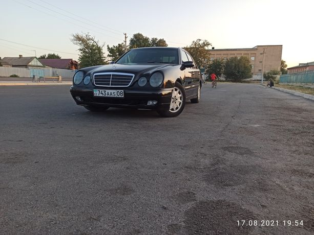 Мерседес w210 320