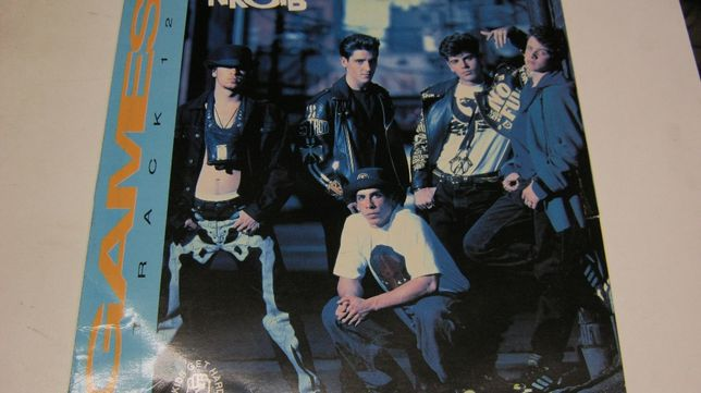 "Disc vinil,NKOTB,maxi/45/12""Games!Columbia Music."