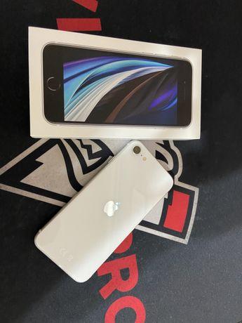 Iphone se цвет белый 64Gb