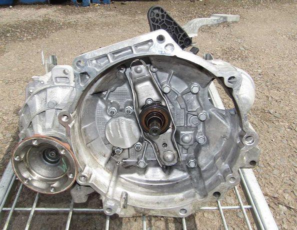 Cutie viteze VW Caddy; 1.6 TDI; 5 Trepte/Reparatie cutie viteze