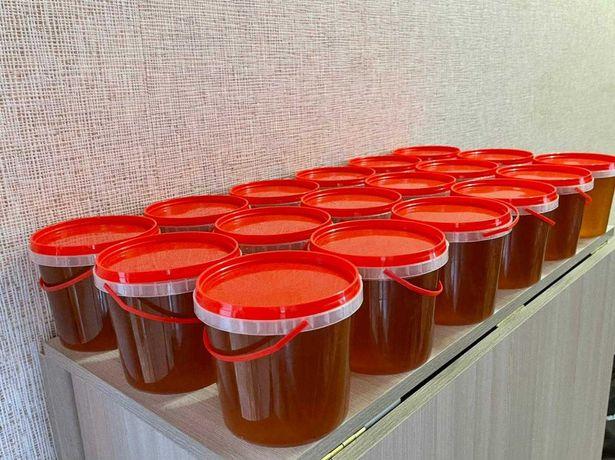 Продам Элитный натуральный мед. 2021 года.Сорт Шоколад.