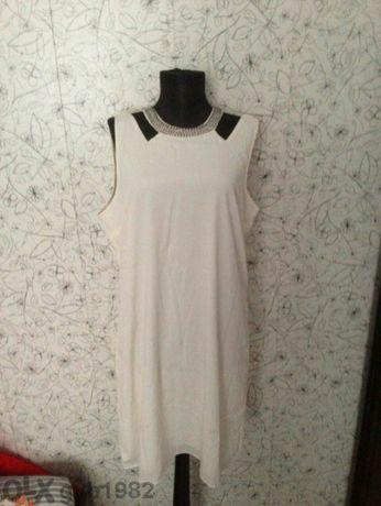 VILA Уникална маркова рокля за едра дама