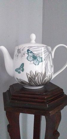 Ceainic mare vintage model deosebit
