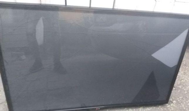Плазма 127 см,2014 год,LG, рабочий,экран треснул,отл состояние