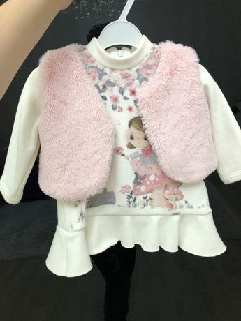 Платье для девочки с жилетом 4000тг  размер 68см 4-6мес