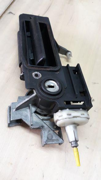 Ел ключалка за заден капак на мерцедес w210 комби