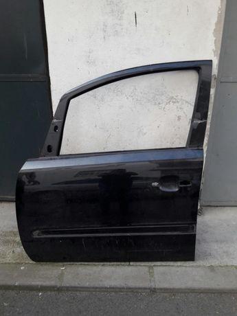 vând portieră stânga față Opel Zafira (2013)