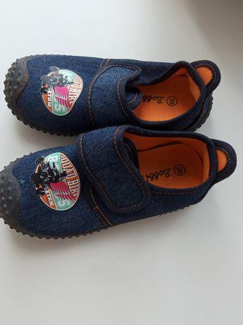Детская обувь: макасины