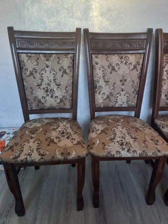 Гостиная стулья . Можно и на кухня